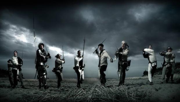 戦う戦士たち
